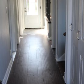 installation of wooden flooring in the hallway
